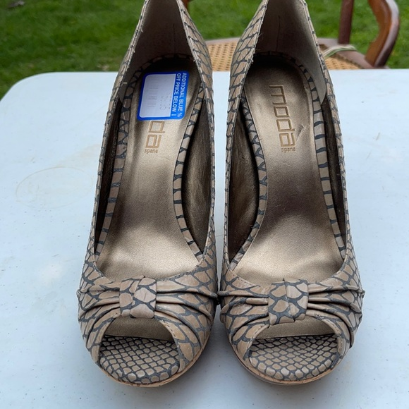 Shoes, Size 9M, Brand New-Never Worn